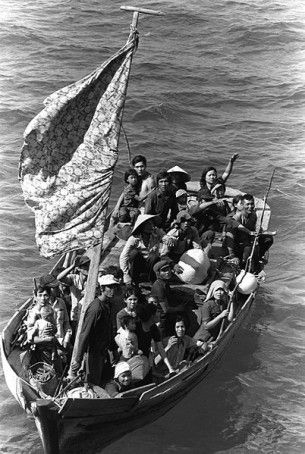 Vietnamese Boat People, Wikipedia picture