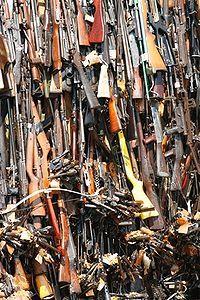 200px-Gun_pyre_in_Uhuru_Gardens,_Nairobi