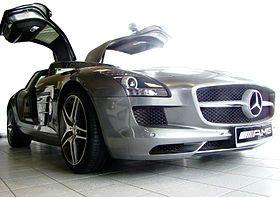 Mercedes-Benz_SLS_AMG_2011