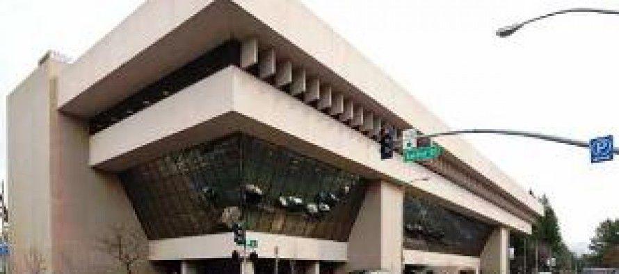 Arnold's state building-sale scheme returns