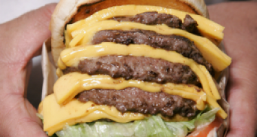 Texas-California rivalry hits new phase: burger wars