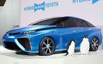 Feds funnel money to CA hydrogen cars