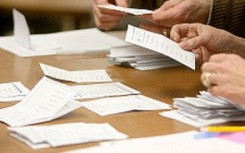 Late ballots keep controller's race cliffhanger