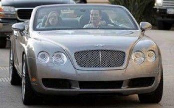 Arnold still driving Hummer