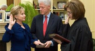 Clintons could influence Boxer successor