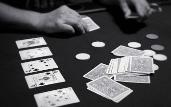 CA lawmakers deal pair of online poker bills