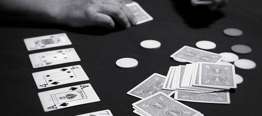 CA lawmakers deal pair of online poker bills