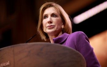 Carly Fiorina likens presidential politics to football