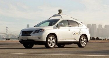Google driverless car hits bus, stokes controversy