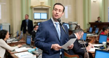 Lawmaker accused of domestic violence to stay in Assembly leadership