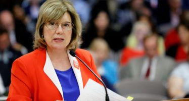 State Senate Republicans keep Fuller as leader