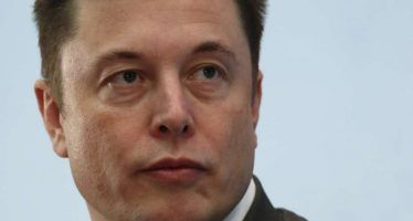 Elon Musk slams CA air board over credits for zero-emissions vehicles