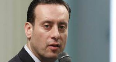 Assemblyman accused of wife beating receives awkward tribute from legislators