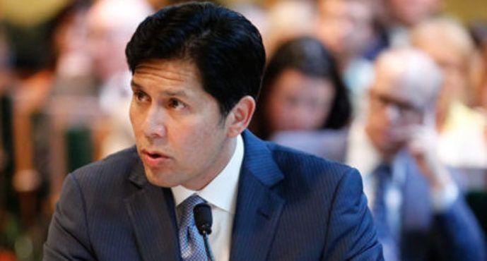 California Democrats brace for intra-party battle after Kevin de León announces bid to unseat Feinstein