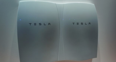 Tesla aims to build 1 million cars annually by 2020