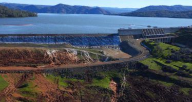 With old warnings unheeded, Oroville Dam problems threaten valley