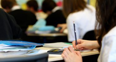 California sued over poor literacy rates among its students