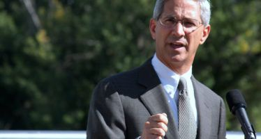 Steve Poizner's independent bid for state office finds traction